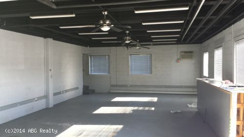 4,950 SF Of Prime Flex Space For Lease