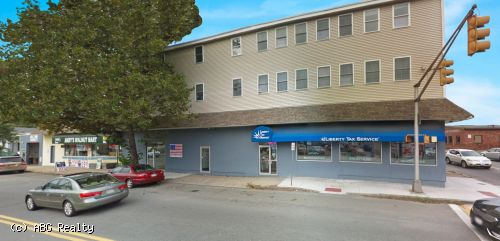 18,090 SF Multi-Tenant Building For Sale