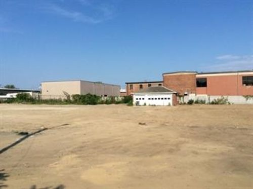 29,952 SF of Industrial Land for Lease